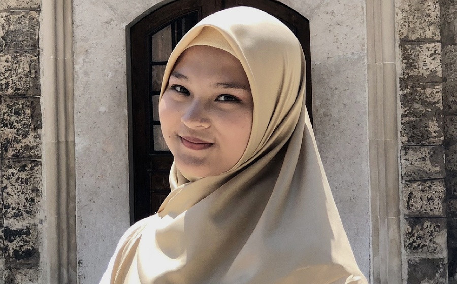 Nisrina Hasna Khairunnisa
